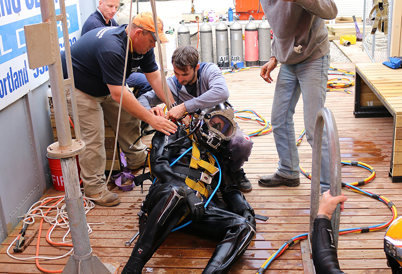 Industrial diver rescue scenario training