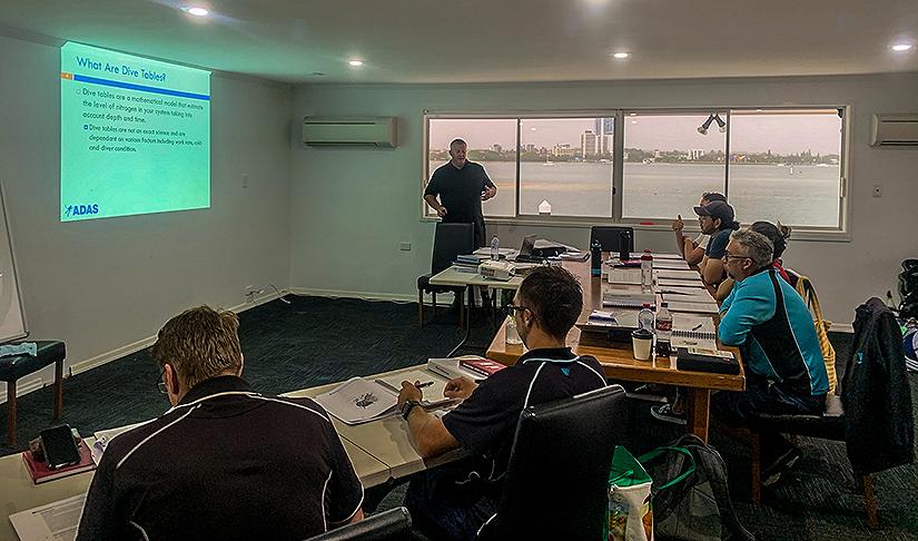 PDTA Aquarium Course students at Sea World Gold Coast